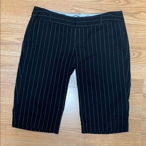Fox Pinstripe Black Bermuda Shorts size 9